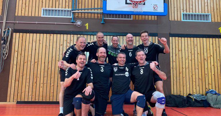 Volleyballer des TSV 1860 Hanau siegen im Lokalderby gegen die TG Hanau 3:1