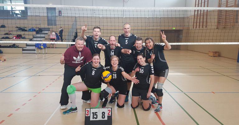 Mixed Volleyballer des TSV 1860 Hanau vorzeitig Meister